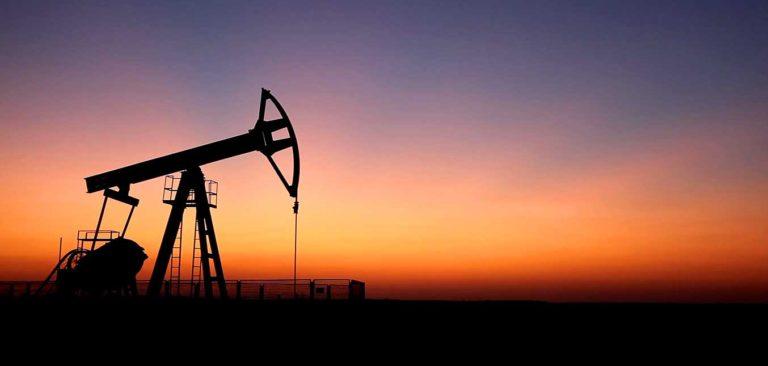 Barril de petróleo se mantendría cercano a los US$53 en el 2018